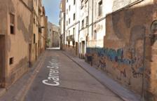 Valls asfaltarà un dels carrers més llargs del nucli antic