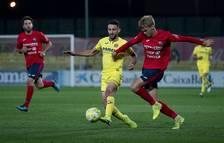 Un instante del partido que disputó el Villarreal B contra el Olot en la Garrotxa.