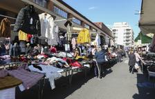 Los marchantes de Reus se ajustan a la ordenanza y abandonan la venta de animales