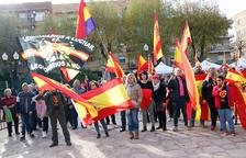 La concentració convocada per SCC a la plaça de la Constitució de Bonavista reuneix unes 200 persones