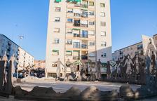Aspecto que ofrece en monumento a la sardana emplazado en Sant Pere y Sant Pau desde 1973.