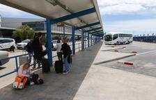 El bus entre el Aeropuerto de Reus y la Costa Daurada traslada a 22.153 pasajeros