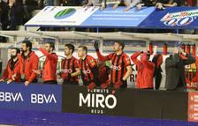 El gallego en el banquillo rojinegro en el duelo contra el Barça.