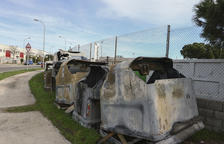 Los 96 contenedores afectados durante los disturbios en Tarragona, en proceso de reparación