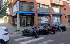 CaixaBank estudia cerrar la oficina del barrio del Serrallo el mes de enero