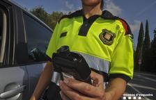 Detenidos dos conductores que se saltaron un control de drogo-alcoholèmia policial en el Vendrell