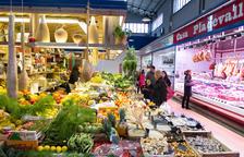 Bona part dels paradistes del Mercat Central de Reus, a favor d'ampliar els horaris