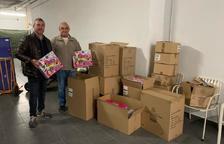 El Club Lyons de Reus reparteix joguines pels nens i nenes del Centre Pastoral d'Acollida al Pres i al Necessitat