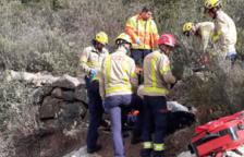 Els Bombers rescaten un excursionista ferit a Farena