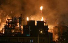 CCOO y UGT denuncian que la precariedad laboral en las empresas químicas de Tarragona repercute en la seguridad