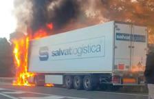 Activado el Transcat por el incendio de un camión de materias peligrosas en la AP-7