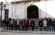 Tarragona hace un minuto de silencio en recuerdo de las víctimas de la explosión de IQOXE