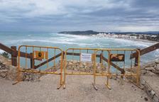 Altafulla tanca els accessos a les platges del Fortí i Canyadell