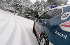 Dos carreteras de la Terra Alta afectadas por la nieve y una en el Montsià por lluvia