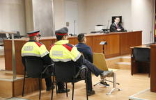 L'acusat d'agredir sexualment la seva fillastra a Lleida, en el judici a l'Audiència.