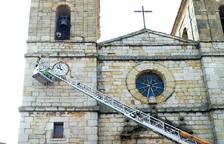 Perill a l'església de Cornudella