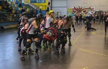 Les Insubmises Roller Derby Reus guanyen el seu primer partit oficial