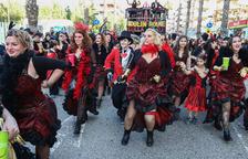 Salou viu un cap de setmana d'actes multitudinaris amb la desfilada i el Cós Blanc