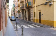 El govern estudia prohibir aparcar als carrers del centre del Serrallo