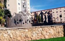 Pinten una de les peces del monument de la Sardana de SPiSP