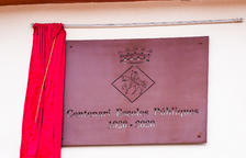 Constantí renueva la fachada del edificio de las Escoles Velles con motivo de su centenario