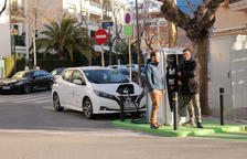 Cambrils posa en marxa un nou punt de recàrrega ràpida de vehicles elèctrics