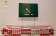 La Guàrdia Civil intervé més de 2.500 paquets de tabac de contraban amagats en dos autocars