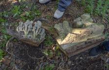 Algunos de los fragmentos originales que se han recopilado, encontrados en masías de la familia Font de Rubinat.