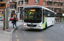 Los buses interurbanos concentran las paradas ahora en la plaza de las Oques.
