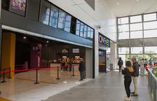 Una imagen de archivo de la inauguración de los cines de La Fira, los únicos que hay en la ciudad.