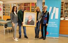 La Biblioteca Municipal de Cambrils rep la donació d'un retrat a l'oli de Josep Salceda i Castells