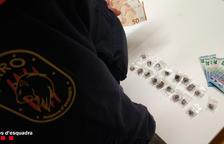 Imagen de la droga intervenida por los mossos