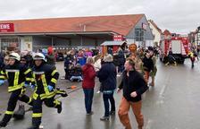 Almenys quinze ferits en un atropellament massiu en un carnestoltes a Alemanya