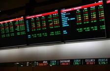 El Íbex-35 cierra con una subida del 1,7% y supera los 7.000 puntos
