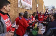 Paradistas y vecinos se concentrarán en el Mercadal para salvar el Ferrocarril de Reus