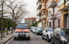 Protecció Civil recorre els carrers del barris de Tarragona per recordar a la població que es confini