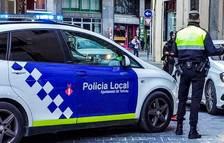 Detingut un jove de Tortosa per circular en bicicleta pel nucli antic i fugir