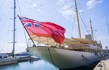 «Hacemos sonar la sirena del barco para mostrar nuestro apoyo|soporte a los sanitarios»