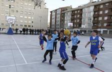 Un partit de bàsquet de l'edició actual de l'Olimpíada Escolar.