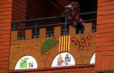 Sant Jordi inhóspito en Tortosa con calles vacías y la lluvia entristeciendo una festividad inusual