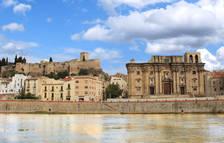 El riu Ebre, el Castell i la Catedral de Tortosa.