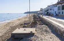 La platja d'Altafulla no tindrà dutxes ni lavabos aquest estiu