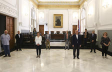 El alcalde, Carles Pellicer, y la vicealcaldesa, Noemí Llauradó, con otros actores implicados en la hoja de ruta que se presentó ayer.