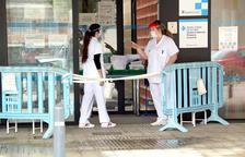 Imatge d'arxu de dues infermeres a