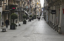 Una imagen de archivo de la calle Monterols durante la cuarentena.