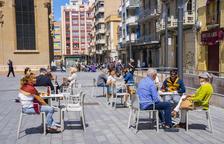 Restauradors s'uneixen per demanar la destitució de Varas de Domini Públic