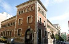 La Biblioteca Pública de Tarragona va començar ahir dilluns a rebre als primers usuaris