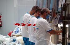 Una bugaderia industrial de Tortosa desinfecta més de 10.000 quilos diaris de roba hospitalària de tot l'Estat