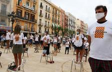 Prop de 50 de restauradors protesten per la falta d'ajudes de l'Ajuntament