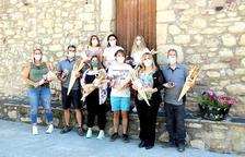 Un poble pirenenc regala un 'kit' per celebrar Sant Joan a casa als veïns